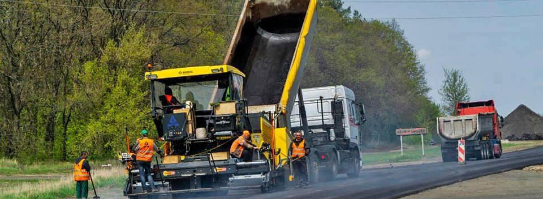 Відновлення траси Н-21 у Луганській області добігає кінця: деталі