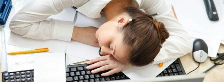 Постійно втомлюєтесь: що таке синдром хронічної втоми і як з ним боротись