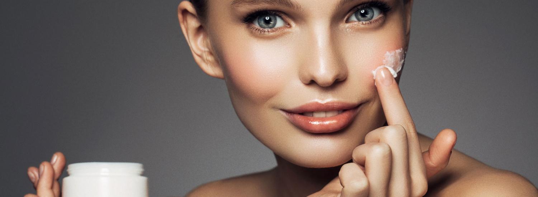 Дерматологи назвали процедури, здатні подовжити молодість шкіри