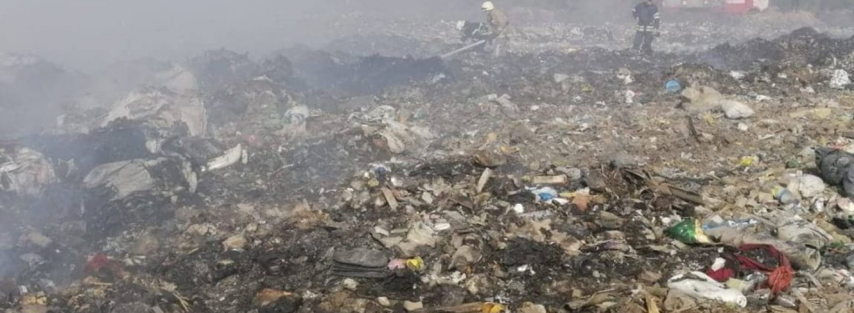Під Києвом горить офіційно закрите сміттєзвалище