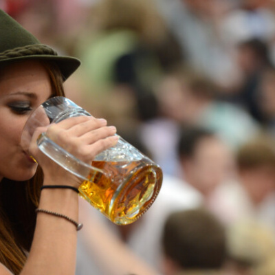 Речі, які можуть з вами статись, якщо будете пити пиво кожного дня