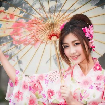 300 побачень на рік: непривабливий японець розкрив спосіб знайомства з красивими дівчатами