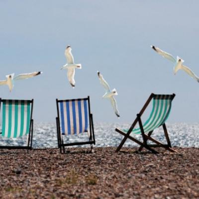 В Украине откроется пляжный сезон у морей и рек