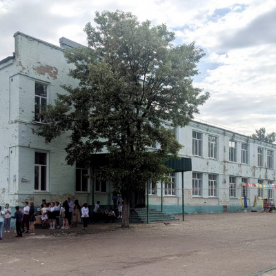 У Рубіжному депутати проголосували за закриття школи, та хіба дитяча безпека не важливіше