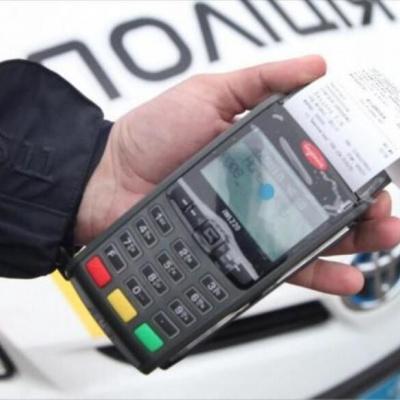 Українців почали штрафувати за нове порушення на дорогах