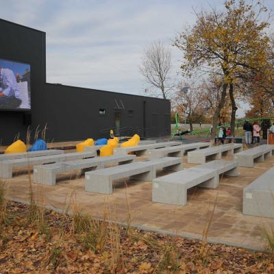 Володимир Зеленський відкрив першу в Україні сервісну зону за програмою «Нове село» у с. Шульгинка на Луганщині