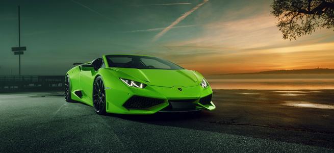 В Україні помітили новий суперкар Lamborghini їдкого кольору - коштує понад 7 млн (ФОТО)