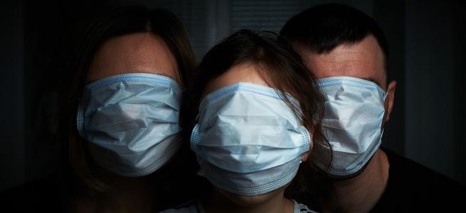 В Україні будуть карати за носіння маски на підборідді