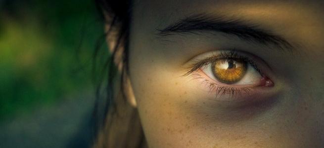 Косметологи розповіли, які продукти допоможуть прибрати пігментні плями з обличчя