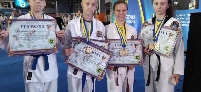 Спортсмени з Луганщини успішно виступили на чемпіонаті України з військово-спортивних багатоборств із дисципліни «бойове двоборство»
