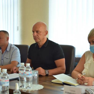 Діалог з громадськими організаціями: на Донеччині обговорили майбутні заходи в сфері правосуддя та безпеки